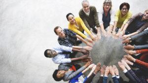 Groupe de personnes unies